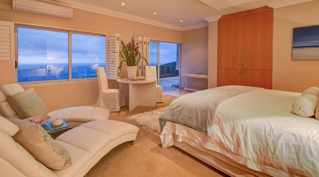 Atlantique Bedroom